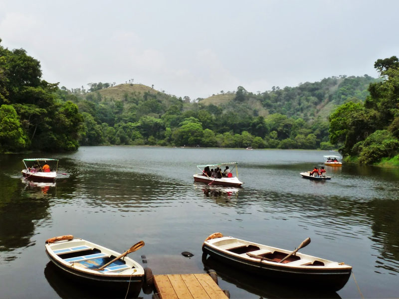 Pookot Lake Boating in Wayanad